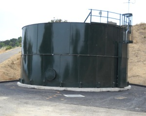 New steel water storage tank
