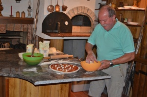 Man making pizza